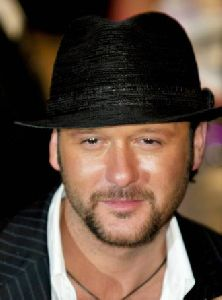 Tim McGraw : Tim McGraw-2004 Vanity Fair Oscar Party 2