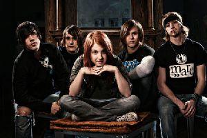 Paramore : Paramore-band-fr01