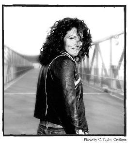 Lucy Kaplansky : Lucy-Kaplansky-f01