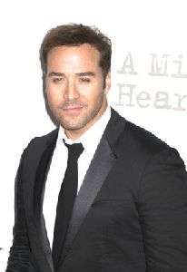 Actor Jeremy Piven pictures at  A Mighty Heart - New York City Movie Premiere - Arrivals