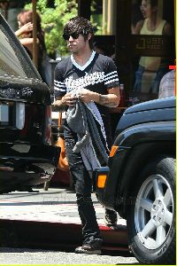 Ashlee Simpson and Pete Wentz pictures