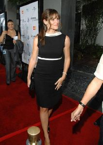 Actress Jennifer Garner pictures at Bourne Ultimatum movie premiere in Hollywood