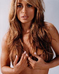 Supermodel Carmen Electra bikini pictures