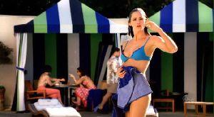 Actress Jennifer Garner  bikini pictures