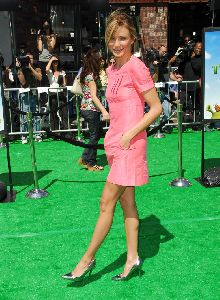 Sexy actress  Cameron Diaz Pictures wearing a pink dress  At Shrek 3 movie premiere