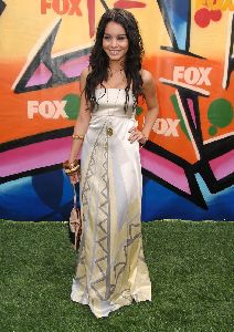 Photo of Vanessa Hudgens at the 2007 Teen Choice Awards at the Gibson Amphitheatre in Universal City on August 26th 2007
