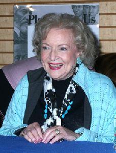 Betty White : Betty White-5
