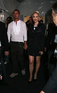 Designer Gwen Stefani pic/picture with Gavin Rossdale shows off her new collection