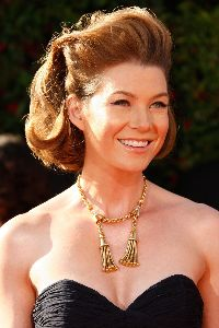 Ellen Pompeo pictures/pics at the 59th Emmy Awards