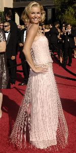 Rebecca Romijn photo at the 59th Annual Emmy Awards
