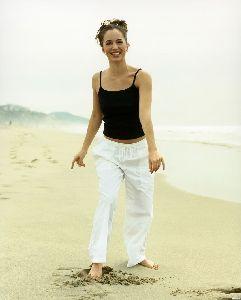 Eliza Dushku : eliza dushku yoga 7 big