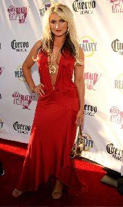 Sexy Brooke Hogan red dress pic