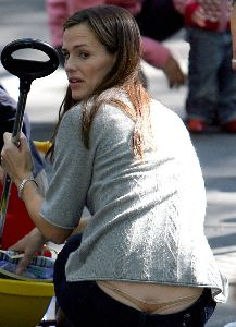 Sexy Jennifer Garner G-string slip pictures
