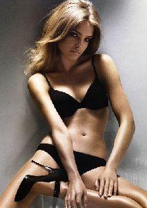 Natalia Vodianova : 490885682 c79a61e5a2