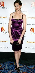 Anne Hathaway : anne-hathaway-magtical-evening-04