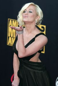 Sexy Kellie Pickler pictures at the 2007 American Music Awards