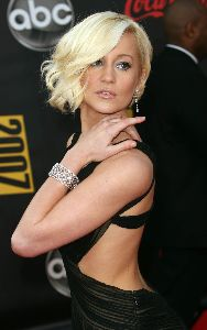 Sexy Kellie Pickler pics at the 2007 American Music Awards