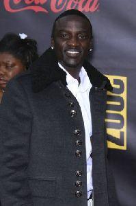 Akon pics at 2007 American Music Awards