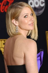Christina Applegate pictures at 2007 American Music Awards