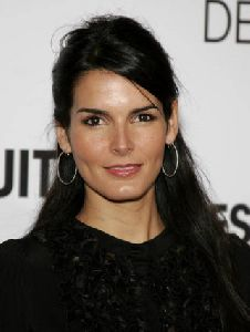 Angie Harmon : Angie Harmon-The Pursuit of Happyness World Premiere in Los Angeles2