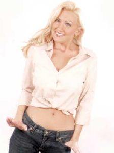 Christine Anderson : christine-anderson 08