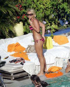 Brooke Hogan : 04913 brooke hogan bikini nov 4 big 123 1128lo