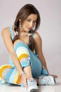 Mallika Kapoor : 19