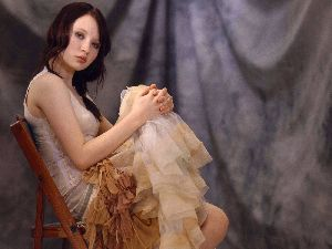 Emily Browning : 004220811
