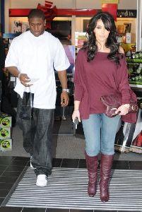 Kim Kardashian and Reggie Bush Christmas shopping in Los Angeles on December 26th 2007