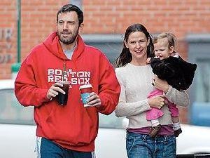 Ben Affleck with Jennifer Garner and their baby daughter Violet playing at the park