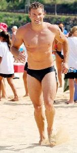 Andy Baldwin : andy-baldwin-speedo-style 290x572