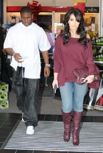 Kim Kardashian and Reggie Bush Christmas shopping in Los Angeles on December 26th 2007