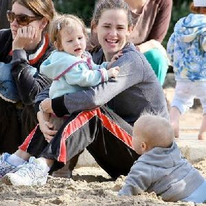 Jennifer Garner and baby violet afleck