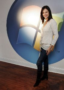 Catherine Bell : Catherine+Bell2