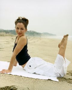 Eliza Dushku : 65443 Eliza Dushku  Deborah Jaffe Photoshoot0017 122 502lo