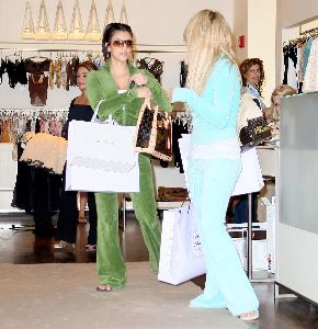 Anna Paquin and Kim Kardishian wearing a green jumpsuit shopping in August 2007