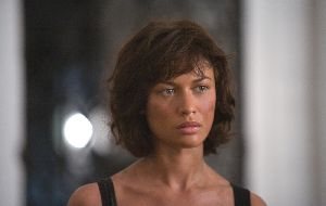 Olga Kurylenko : James Bond, Quantum of Solace-3