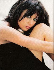 Olga Kurylenko : Elle cover magazine 2008