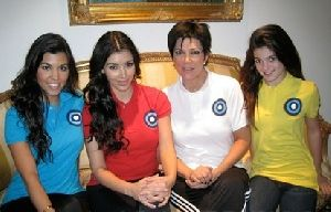 kim kardashian with sister Kourtney Kardashian and mother Kris Jenner in a photo for Breast Cancer help on October 20th 2008