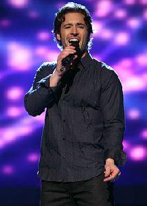 Luke Menard : american-idol-luke-menard272