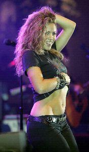 Shakira : shakira405 48735519e9297