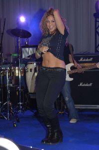 Shakira : shakira404 48735519e7350