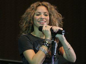 Shakira : shakira420 4873551a13557