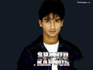 Shahid Kapoor : Shahid-1024-04