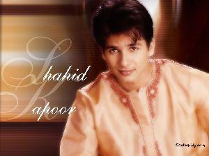 Shahid Kapoor : Shahid-1024-06