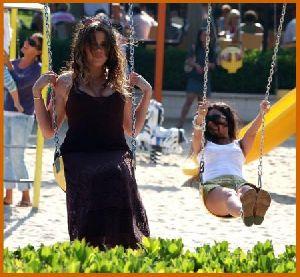Khloe Kardashian with Kourtney at the park