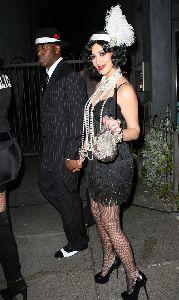 Kim Kardashian : kim halloweeen costume with her boyfriend Bush at the Pur Jeans Halloween Bash