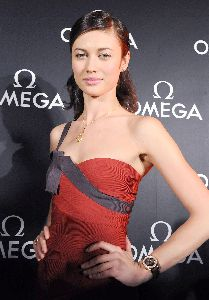 Olga Kurylenko : Olga on the red carpet of the Omega, 007 James Bond Quantum Of Solace Party in Tokyo, Japan, November 23 2008