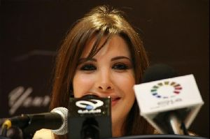 Nancy Ajram : nancy at the jarash festival press conference