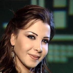 Nancy Ajram : tv interview with nancy talking about her world music award